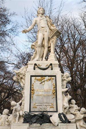 Statue of Mozart, Burggarten, Vienna, Austria Stock Photo - Rights-Managed, Code: 700-01249129