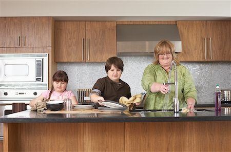 Mother and Children Washing Dishes Stock Photo - Rights-Managed, Code: 700-01345067