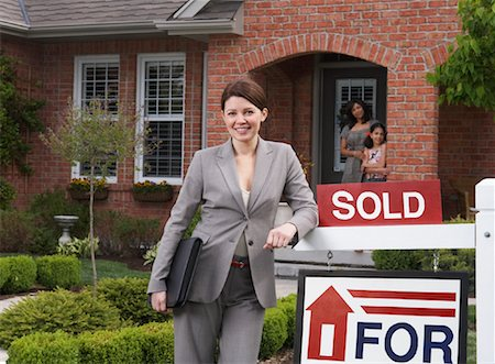sold sign - Real Estate Agent by Sold Sign Stock Photo - Rights-Managed, Code: 700-01571948