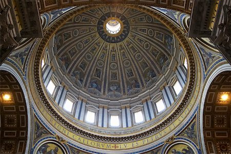 St Peter's Basilica, Rome, Italy Stock Photo - Rights-Managed, Code: 700-01596108