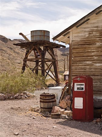 rural gas station - Old Water Tower and Gas Pump, Eldorado Canyon, Nevada, USA Stock Photo - Rights-Managed, Code: 700-01607344
