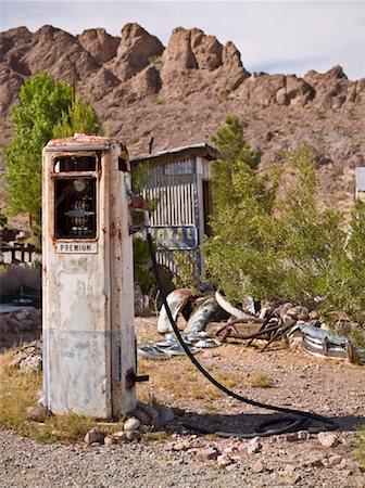 rural gas station - Vintage Gas Pump, Eldorado Canyon, Nevada, USA Stock Photo - Rights-Managed, Code: 700-01607349