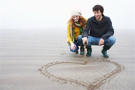 pretty draw - Couple Drawing Heart in Sand, Ireland Stock Photo - Rights-Managed, Code: 700-01694883