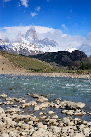Rocky Riverbank, Rio de las Vueltas, Los Glaciares National Park, Patagonia, Argentina Stock Photo - Rights-Managed, Code: 700-01827472