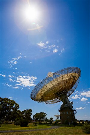 radio telescope - Parkes Observatory, Parkes, New South Wales, Australia Stock Photo - Rights-Managed, Code: 700-01880123
