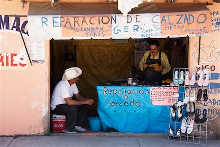 Shoe Repair Kiosk, Zitacuaro, Michoacan, Mexico Stock Photo - Rights-Managed, Code: 700-02056612