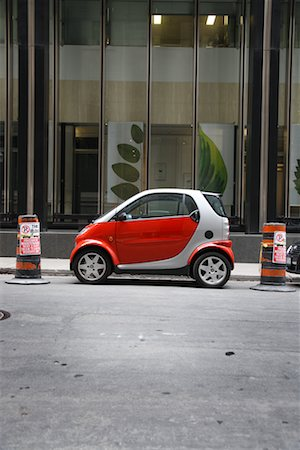 Smartcar Parked by Building, Toronto, Ontario, Canada Stock Photo - Rights-Managed, Code: 700-02200605