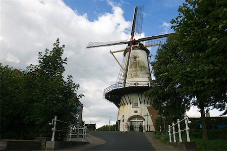 simsearch:600-00954324,k - Windmill in Willemstad, South Holland, Netherlands Fotografie stock - Rights-Managed, Codice: 700-02245299