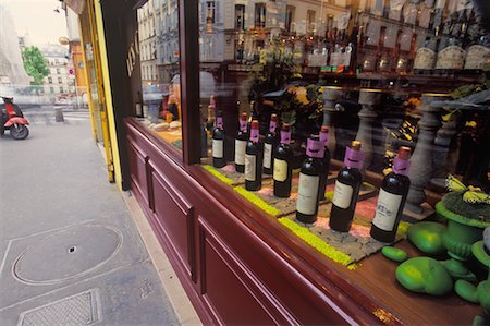 Wine Store, Montmartre, Paris, France Stock Photo - Rights-Managed, Code: 700-02265064