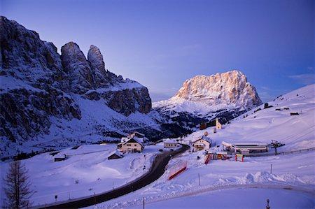 road landscape - Passo Gardena, Bolzano-Bozen, Italy Stock Photo - Rights-Managed, Code: 700-02332714