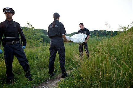 dead female body - Police Officer and Paramedics with Body Bag, Toronto, Ontario, Canada Stock Photo - Rights-Managed, Code: 700-02348169