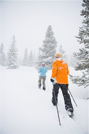 Couple Cross Country Skiing, Breckenridge, Colorado, USA Stock Photo - Rights-Managed, Code: 700-02386044