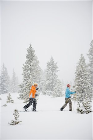 Couple Cross Country Skiing, Breckenridge, Colorado, USA Stock Photo - Rights-Managed, Code: 700-02386042