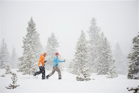 Couple Cross Country Skiing, Breckenridge, Colorado, USA Stock Photo - Rights-Managed, Code: 700-02386043