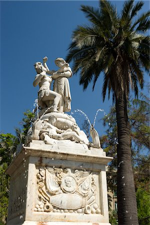 Statue, Plaza de Armas, Santiago, Chile Stock Photo - Rights-Managed, Code: 700-02594203