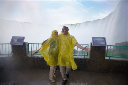 Couple at Niagara Falls, Ontario, Canada Stock Photo - Rights-Managed, Code: 700-02637185