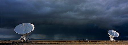 radio telescope - VLA Radio Telescopes, Socorro, New Mexico, USA Stock Photo - Rights-Managed, Code: 700-02638183