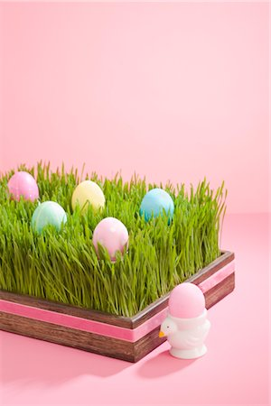 Easter Eggs in Grass Filled Tray Stock Photo - Rights-Managed, Code: 700-02694065