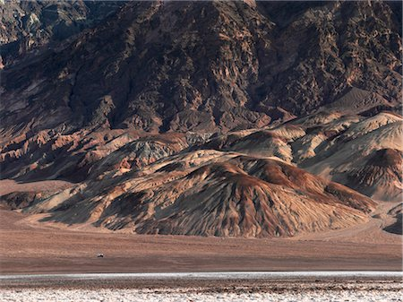 david zimmerman - Camper on Desert Road Through Death Valley National Park, California, USA Stock Photo - Rights-Managed, Code: 700-02694069