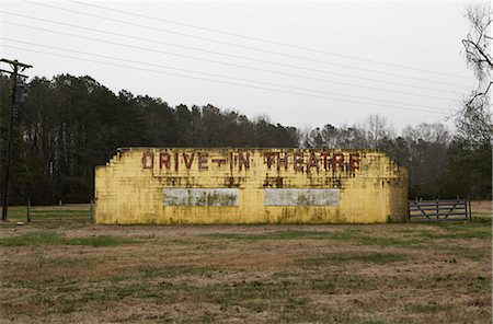 david zimmerman - Rundown Drive-In Theatre, Chincoteague, Virginia, USA Stock Photo - Rights-Managed, Code: 700-02694079