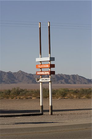 david zimmerman - Trailer Park and Motel Sign, Southern California, USA Stock Photo - Rights-Managed, Code: 700-02694081