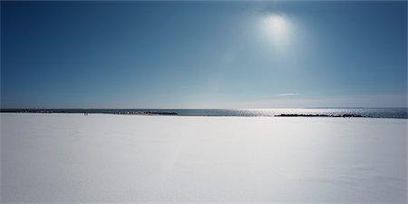 david zimmerman - Snow Covered Beach, Coney Island, New York, USA Stock Photo - Rights-Managed, Code: 700-02694095