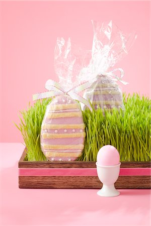 Easter Egg in Eggcup and Easter Egg Cookies Stock Photo - Rights-Managed, Code: 700-02694671
