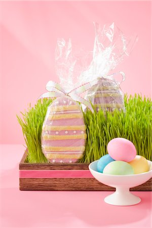 Easter Eggs and Cookies Stock Photo - Rights-Managed, Code: 700-02693979