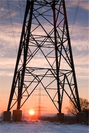 Old Willow Trees and High Voltage Hydro Tower at Sunrise, Siegburg, North Rhine-Westphalia, Germany Stock Photo - Rights-Managed, Code: 700-02756701