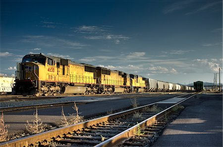 Freight Train, Klamath Falls, Oregon, USA Stock Photo - Rights-Managed, Code: 700-02798068