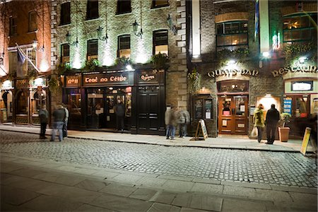 european bar building - Pubs at Night, Temple Bar, Dublin, Ireland Stock Photo - Rights-Managed, Code: 700-02860183