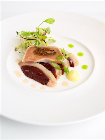 smoked - Duck Confit With Figs, Smoked Duck and Plum Slices Stock Photo - Rights-Managed, Code: 700-02912933