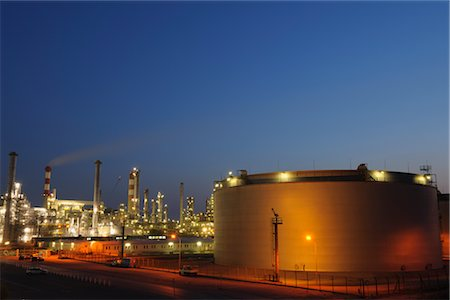 Oil Refinery in Schwechat, Vienna, Austria Stock Photo - Rights-Managed, Code: 700-02990034