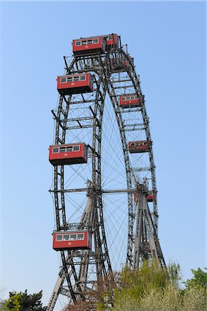 dpruter - Ferris Wheel, Prater, Vienna, Austria Stock Photo - Rights-Managed, Code: 700-02990044