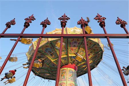 dpruter - Chair-o-plane Ride, Prater, Vienna, Austria Stock Photo - Rights-Managed, Code: 700-02990049