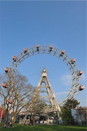 dpruter - Ferris Wheel, Prater, Vienna, Austria Stock Photo - Rights-Managed, Code: 700-02990043