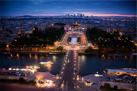 River Seine and Trocadero Fountain, Paris, France Stock Photo - Rights-Managed, Code: 700-03068325