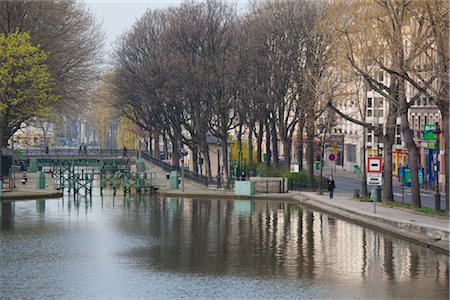 Canal Saint-Martin, Paris, France Stock Photo - Rights-Managed, Code: 700-03068438