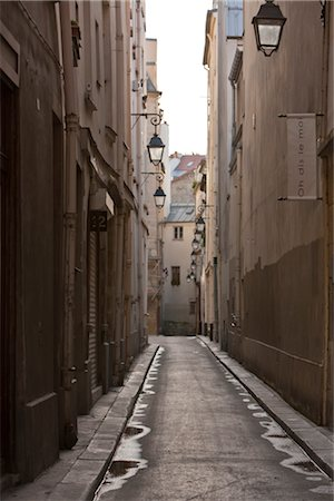 Street in Paris, France Stock Photo - Rights-Managed, Code: 700-03069003