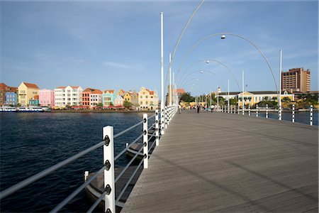 Queen Emma Bridge, Santa Anna Bay, Willemstad, Curacao, Netherlands Antilles Stock Photo - Rights-Managed, Code: 700-03075685