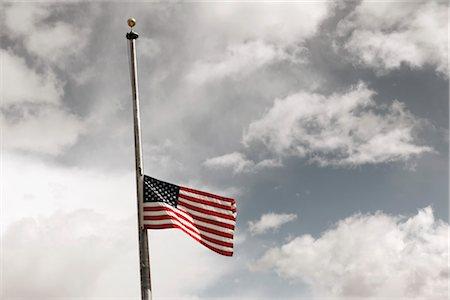 flag at half mast - American Flag at Half Mast Stock Photo - Rights-Managed, Code: 700-03210479