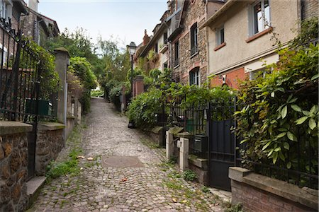 Small Street in Belleville Neighbourhood of Paris, Ile-de-France, France Stock Photo - Rights-Managed, Code: 700-03295337
