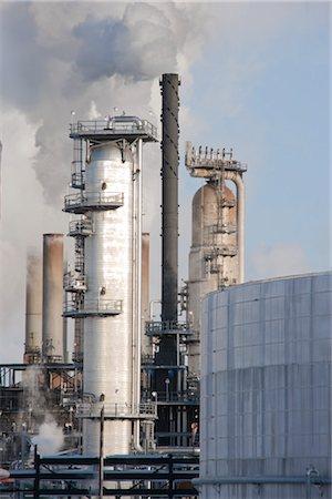 Oil Refinery. Edmonton, Alberta, Canada Stock Photo - Rights-Managed, Code: 700-03361663