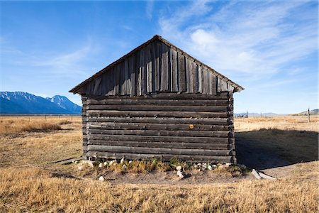 Old Barn in front of Grand Tetons, Mormon Row, Grand Teton National Park, Wyoming, USA Stock Photo - Rights-Managed, Code: 700-03407441