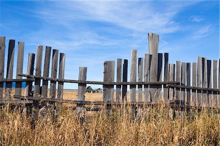 Old Farm through Wooden Fence, Mormon Row, Jackson Hole, Grand Teton National Park, Wyoming, USA Stock Photo - Rights-Managed, Code: 700-03407442