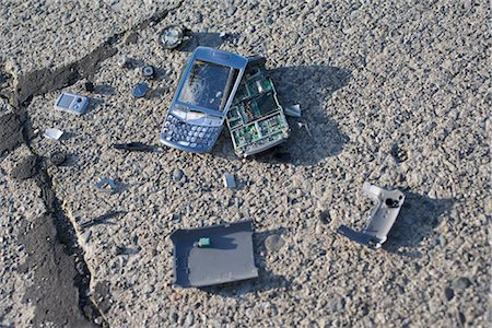 Broken Cell Phone Stock Photo - Rights-Managed, Code: 700-03439599