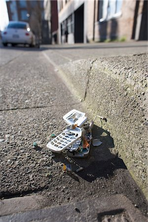 Broken Cell Phone Stock Photo - Rights-Managed, Code: 700-03439590