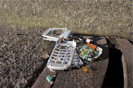 Broken Cell Phone Stock Photo - Rights-Managed, Code: 700-03439592