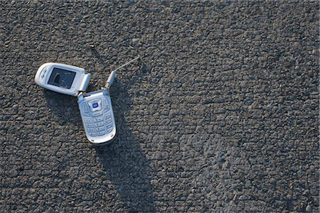 Broken Cell Phone Stock Photo - Rights-Managed, Code: 700-03439605