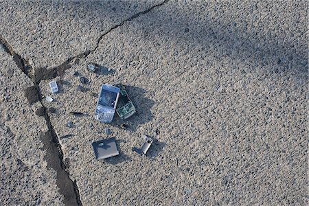 Broken Cell Phone Stock Photo - Rights-Managed, Code: 700-03439602